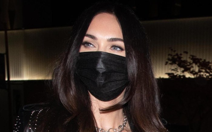 Megan Fox & MGK goes on a dinner date at BOA