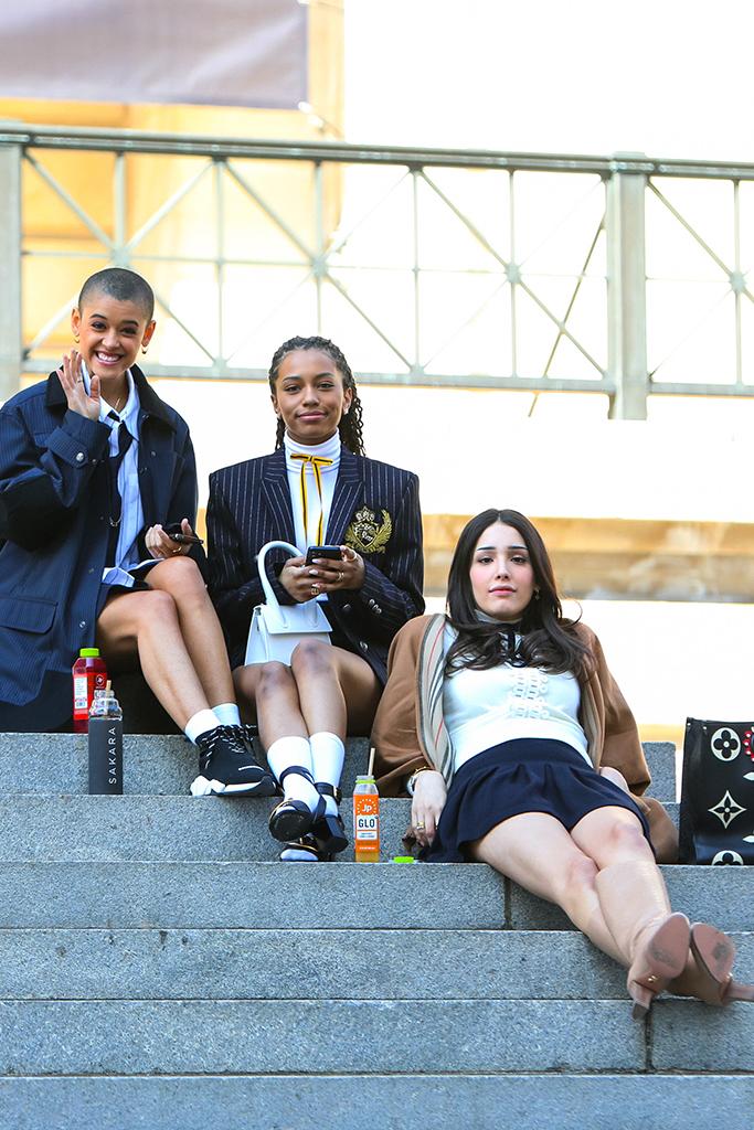 Jordan Alexander, Savannah Smith and Zión Moreno, gossip girl 2021, gossip girl