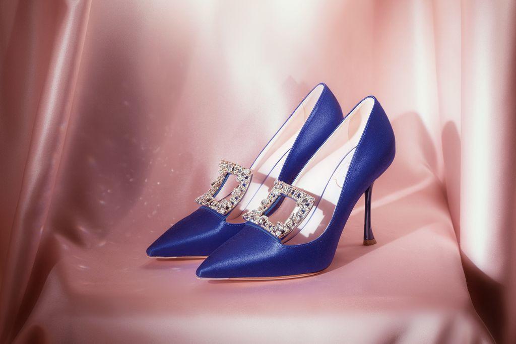 roger vivier, roger vivier fall 2021, fall 2021, fall 2021 shoes, fall 2021 trends, fashion trends, high heels, paris fashion week, fashion, shoes