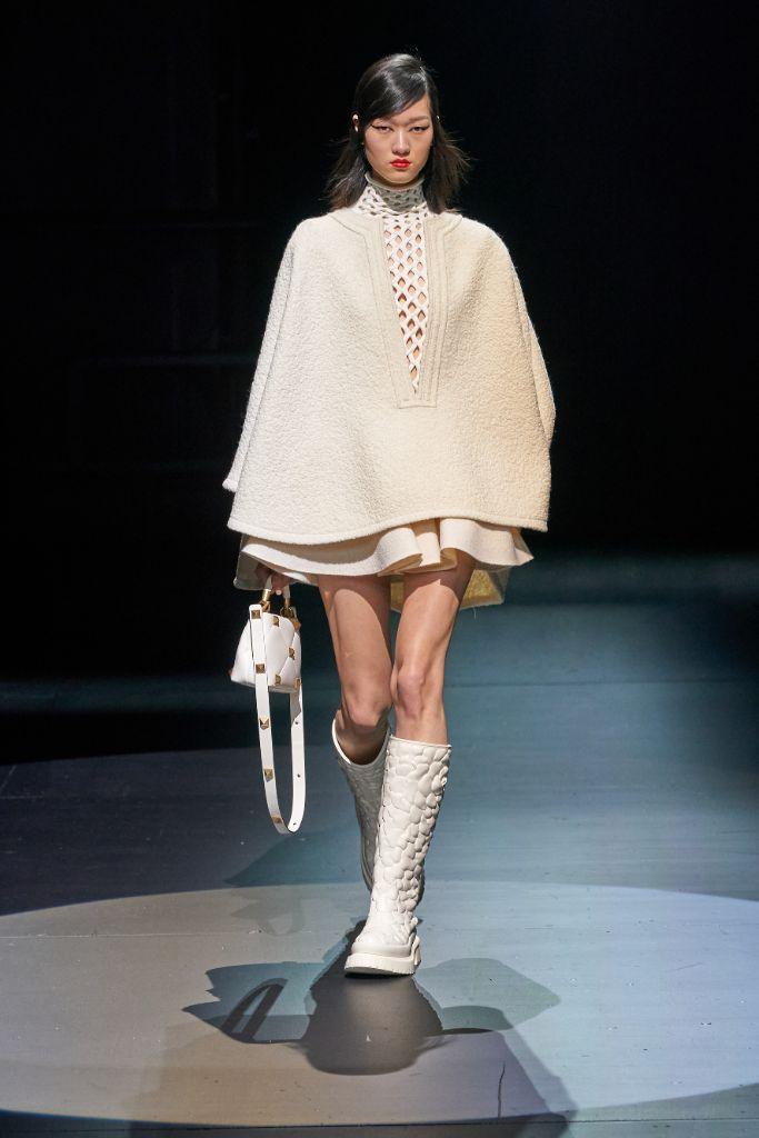 valentino, fall 2021, valentino fall 2021, mfw, milan fashion week, valentino boots, combat boots, fall 2021 fashion trends, shoes, fashion