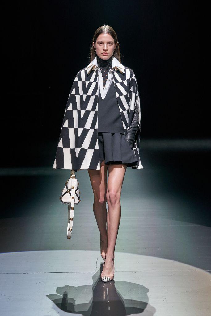 valentino, fall 2021, mfw, milan fashion week, high heels, fall 2021 fashion trends
