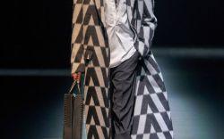 Valentino Fall 2021 Ready-to-Wear
