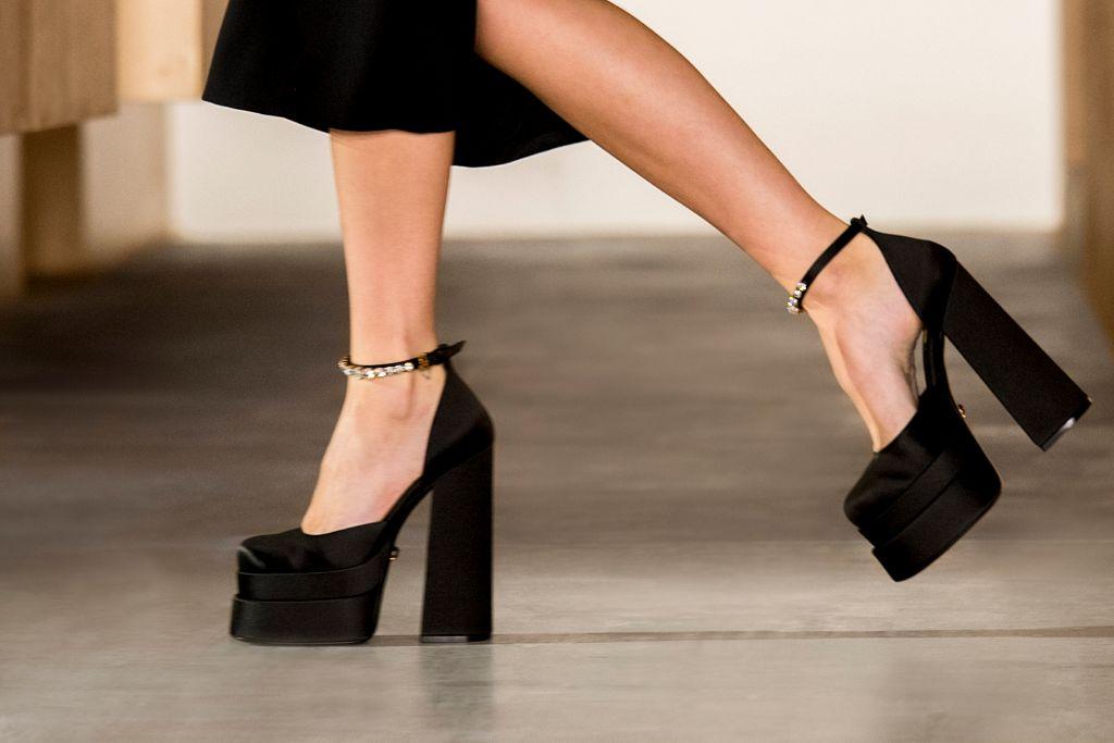 versace, fall 21, platform shoes