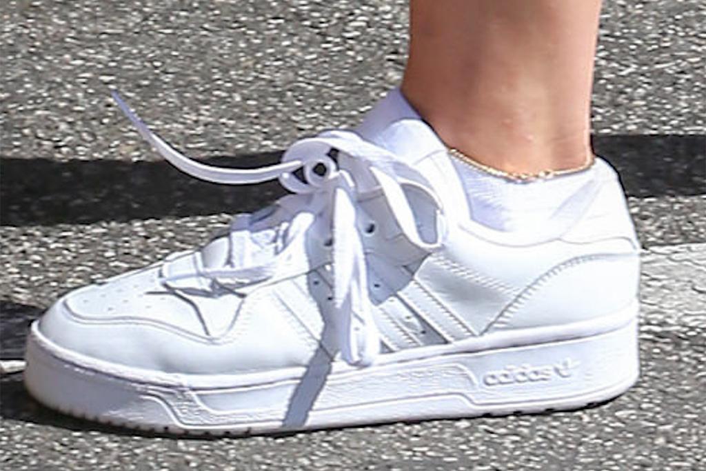 addison rae, adidas sneakers, ankle bracelet