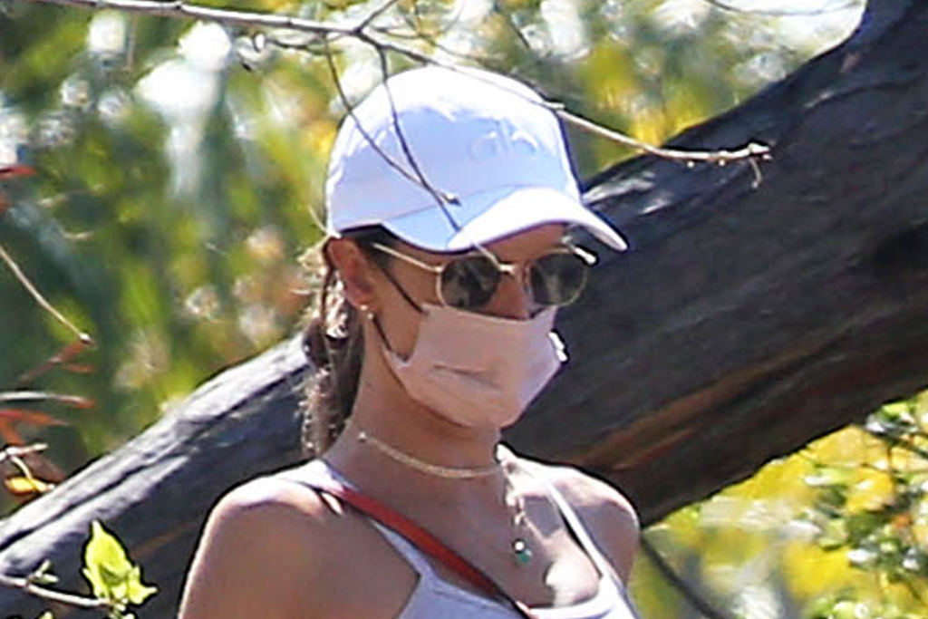 Alessandra Ambrosio Hits the Trails in Sweats & These Celeb-Favorited Sustainable Sneakers