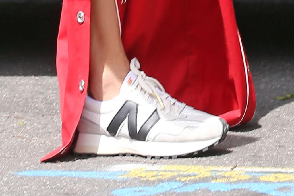 alessandra ambrosio, new balance sneakers, los angeles