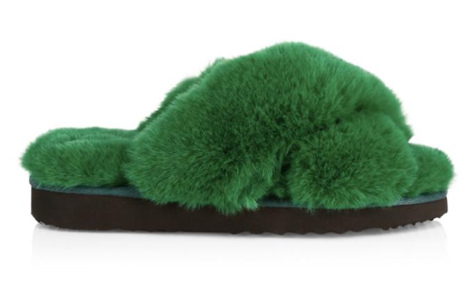 apparis fuzzy slides, saks friends family sale