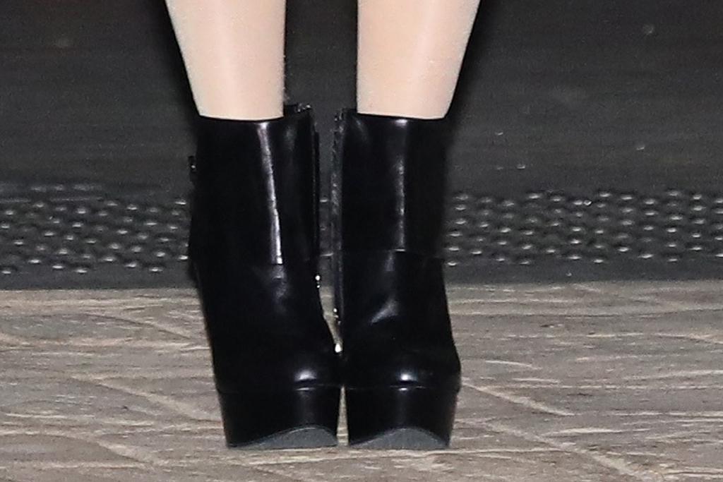 avril lavigne, dress, slip dress, leather jacket, platform boots, edgy, tights, purse, la, mod sun