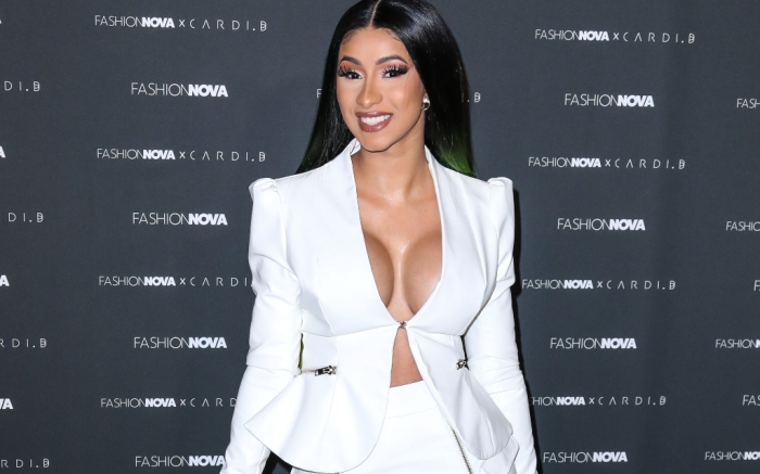 cardi-b-all-white-feature