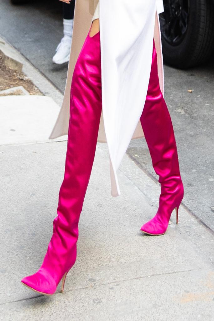 chrissy teigen, pink boots, new york city