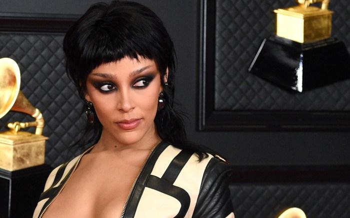 Doja Cat, Grammy Awards, red carpet 2021