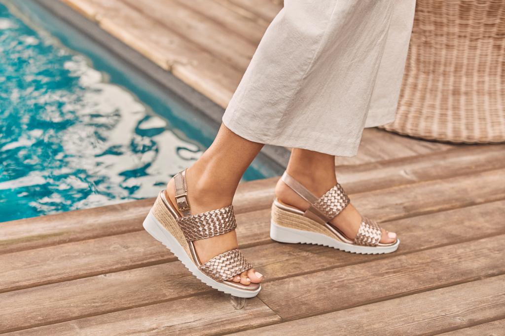 Martha Stewart Easy Spirit Sandals