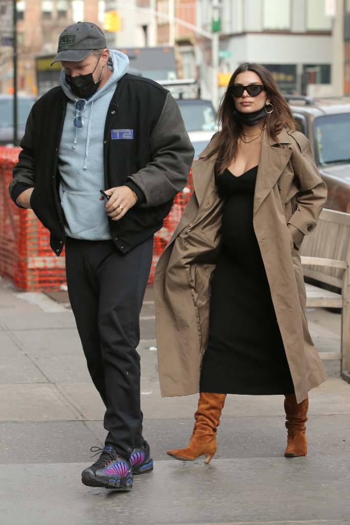 Emily Ratajkowski, black dress, trench coat, slouch boots