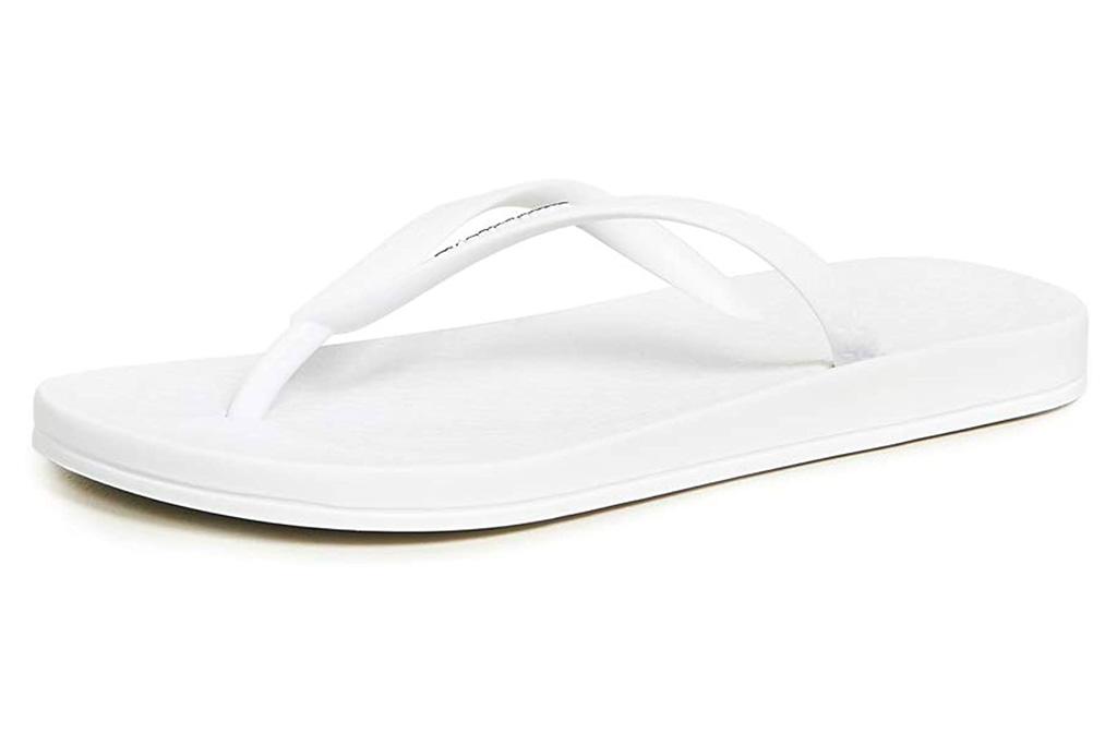 white flip flops, ipanema