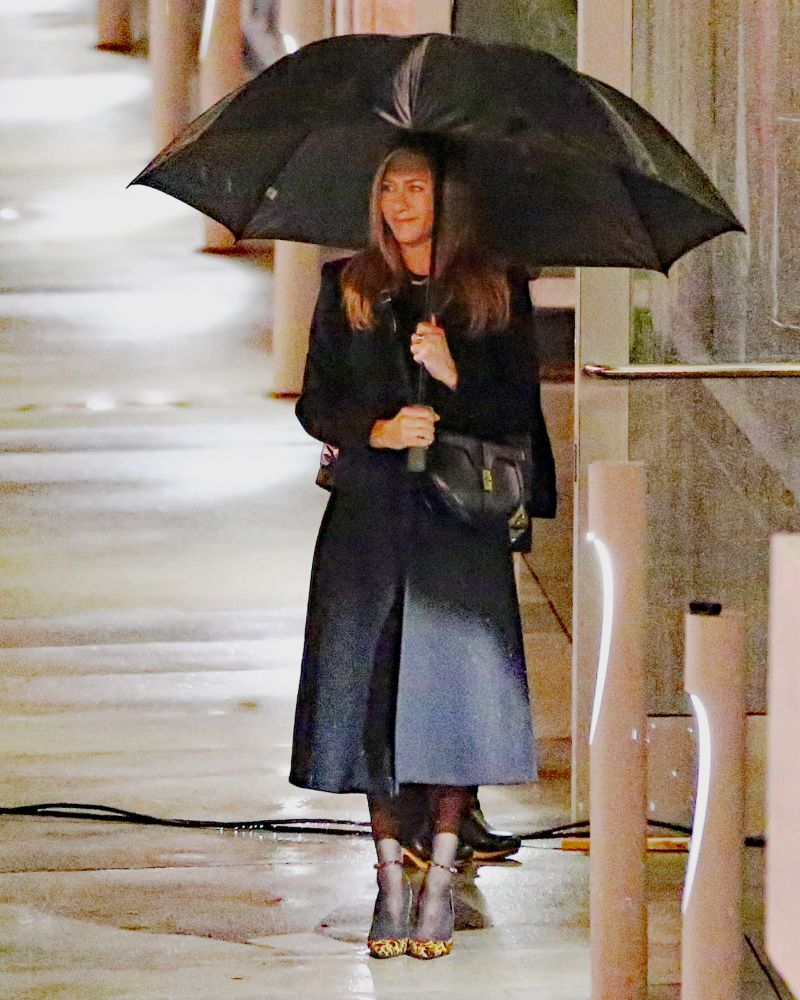 jennifer aniston, coat, tights, stockings, morning show, set, heels, pumps, los angeles