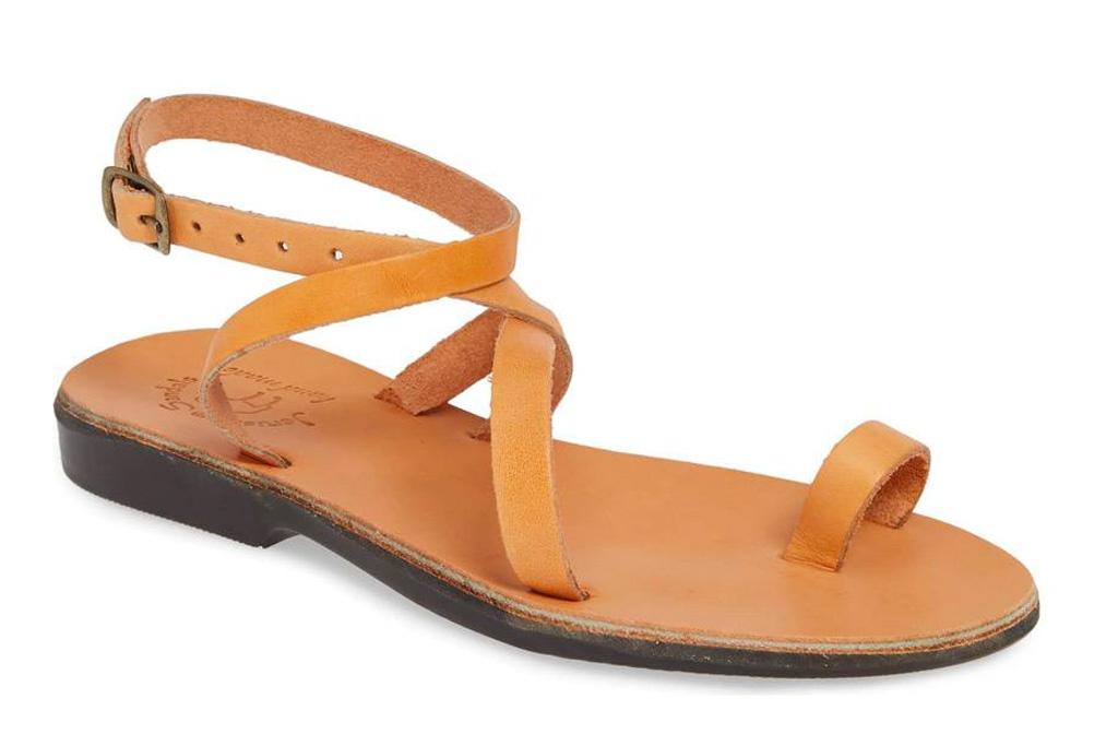 tan sandals, loop toe, jerusalem sandals