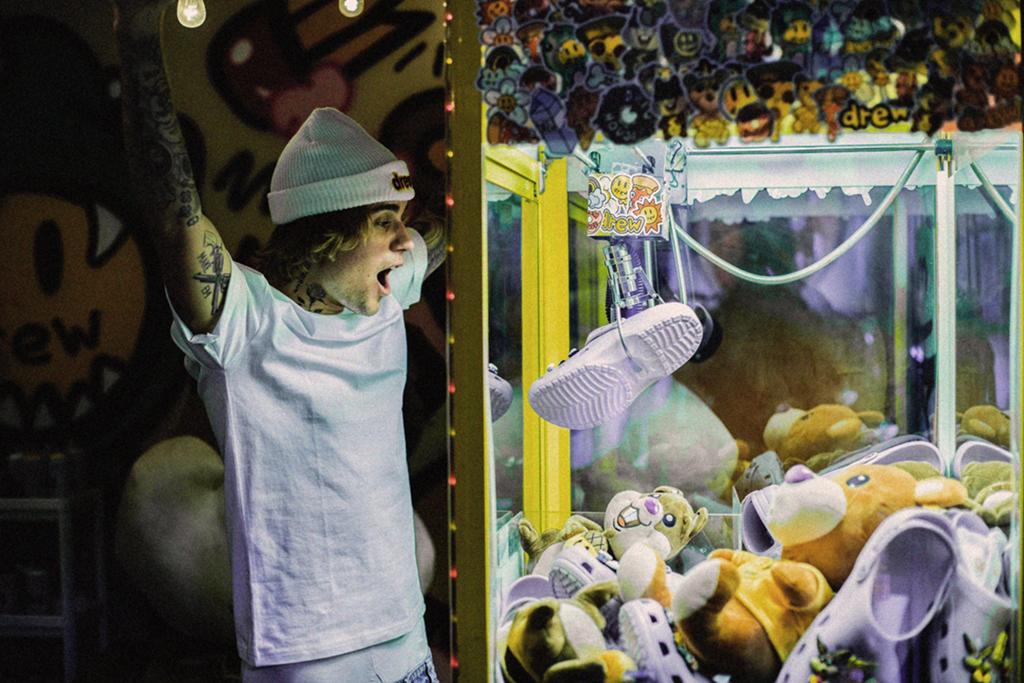 Justin Bieber, Crocs, Drew House Classic Clog 2