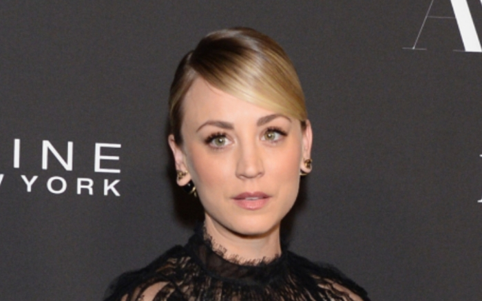 kaley-cuoco-instyle-awards-feature