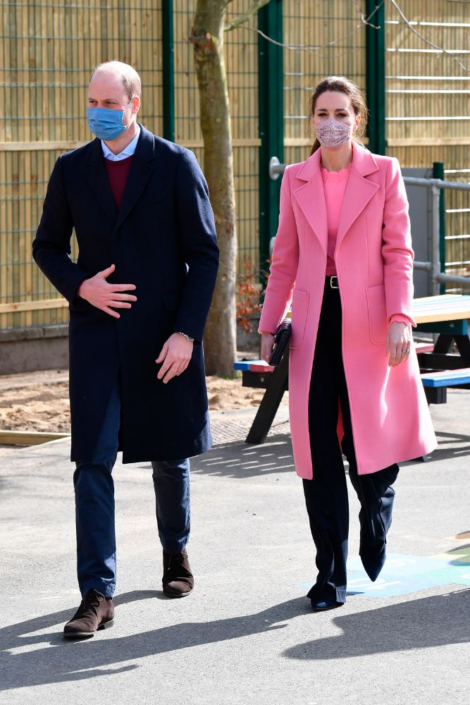 kate middleton, pink coat, pink shirt, neon, black pants, school, prince william, london, Mentally Healthy Schools