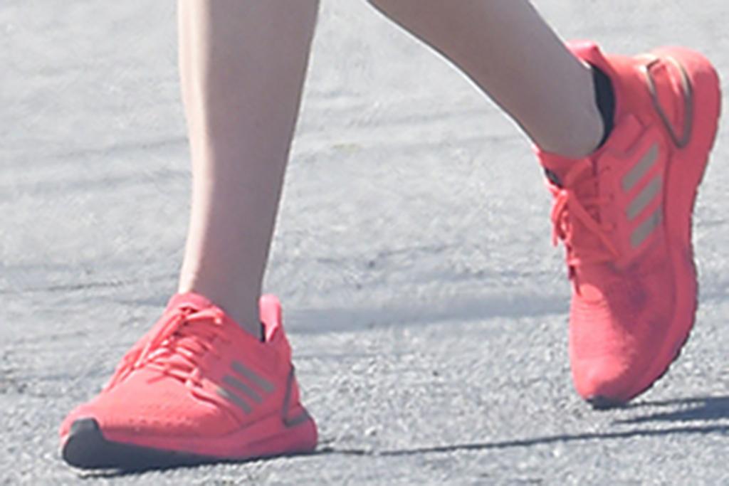 krysten ritter, adidas ultraboost 20, hot pink sneakers