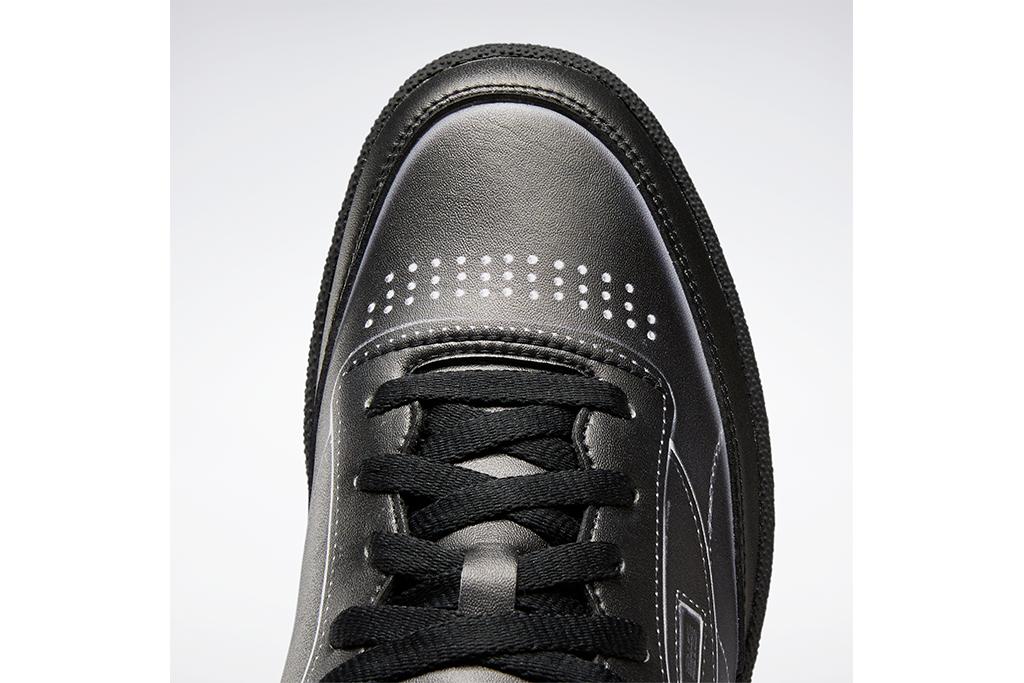 maison margiela x reebok, club c maison margiela, black sneaker