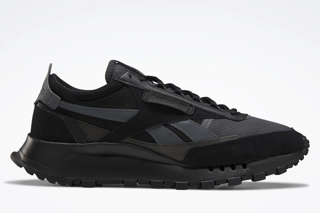 black sneakers, chunky, reebok