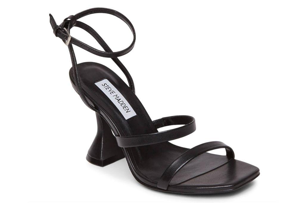 steve madden scorpius sandal
