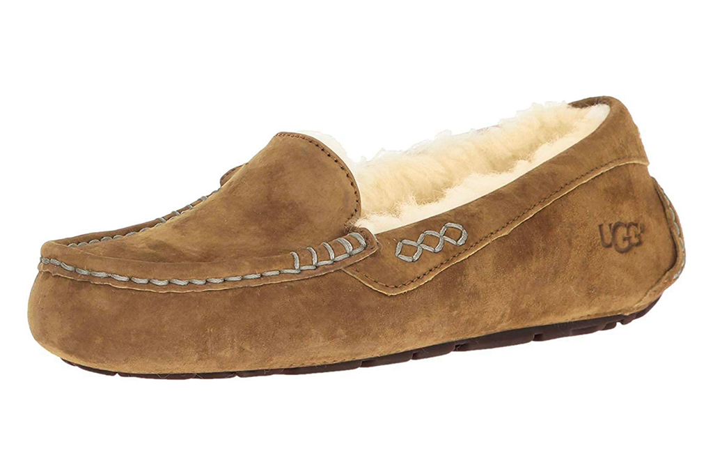ugg, slippers, tan, fuzy