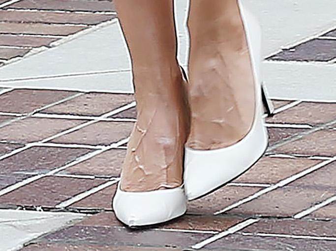 Heidi Klum, agt, black and white diamon, skirt, blouse, white pumps