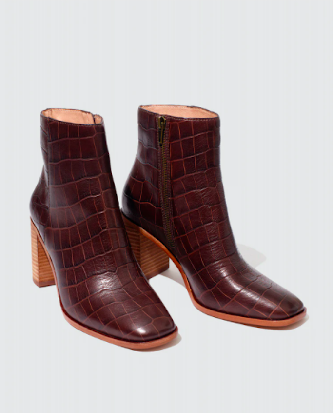 brown boots, square toe boots