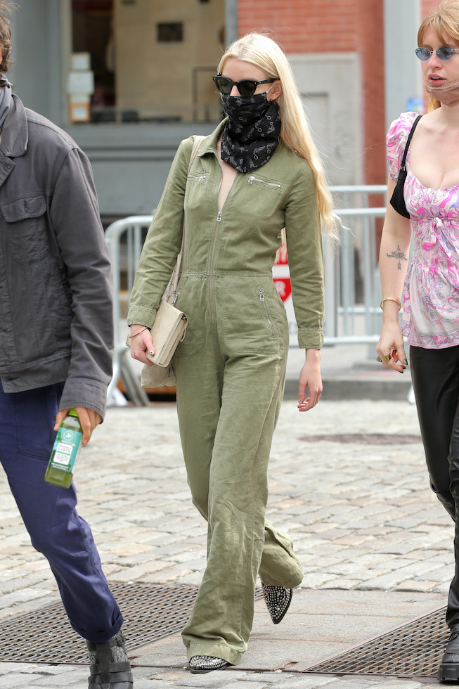 Actress Anya Taylor-Joy looks stunning in a green jumpsuit in Soho in New York CityPictured: Anya Taylor-JoyRef: SPL5222346 190421 NON-EXCLUSIVEPicture by: Christopher Peterson / SplashNews.comSplash News and PicturesUSA: +1 310-525-5808London: +44 (0)20 8126 1009Berlin: +49 175 3764 166photodesk@splashnews.comWorld Rights