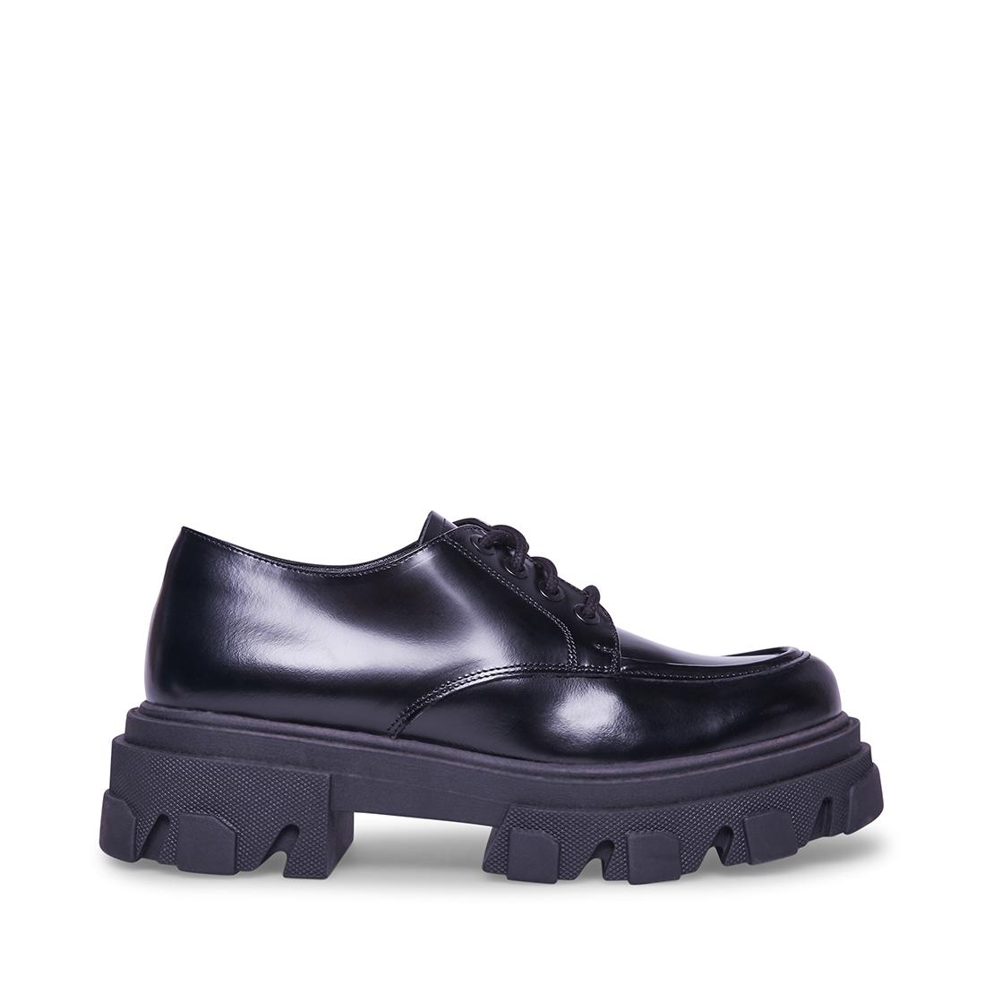 Steve Madden Casual Helga Shoe