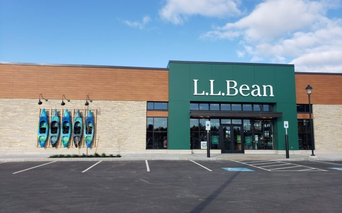 An exterior view of the L.L.Bean store in Salem, N.H.
