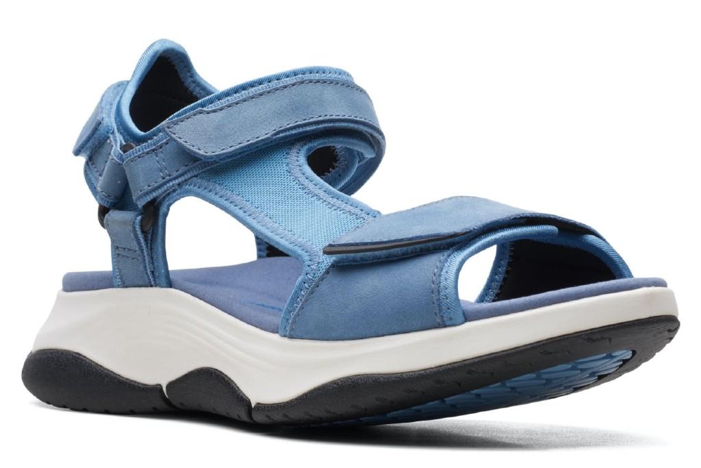Clarks Wave 2.0 Skip Sandal, women's hiking sandals