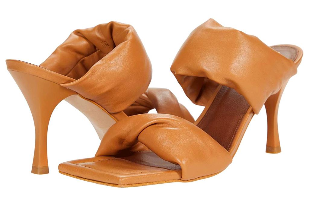 alohas, sandals, brown