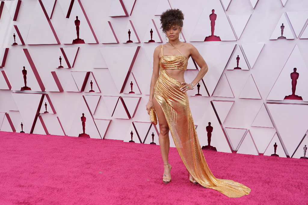 Andra Day, Oscars 2021, Gold Dress