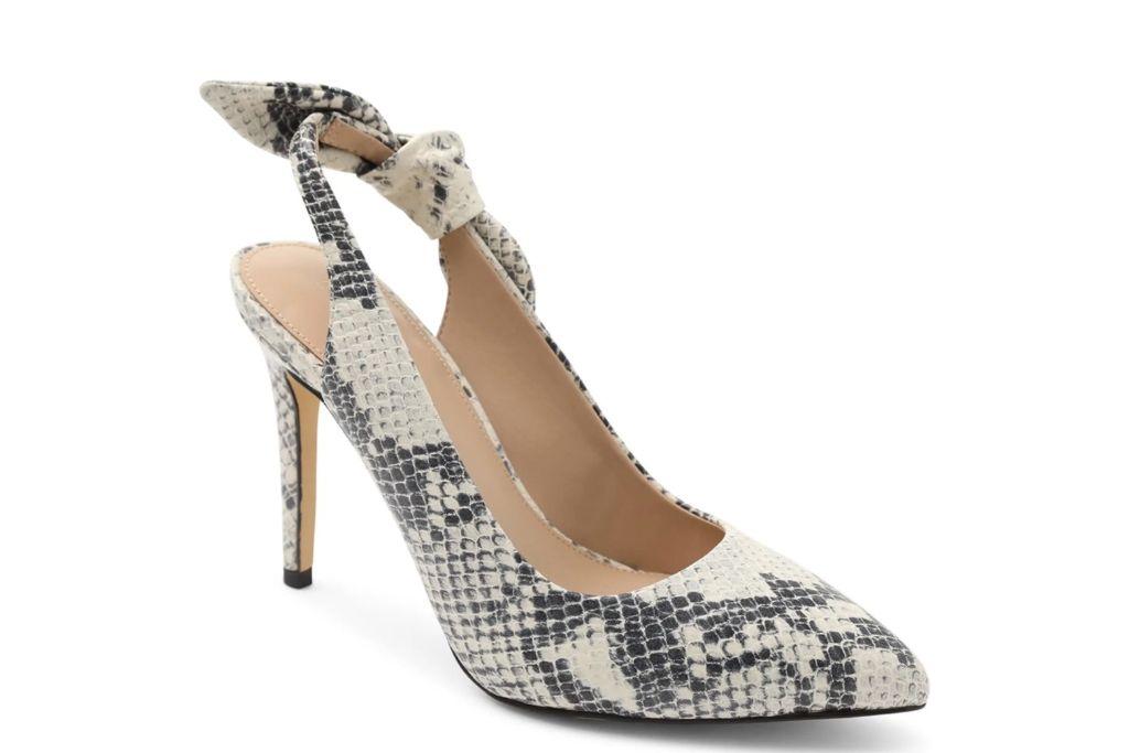 bcbgeneration, henaya pump, snakeskin heels