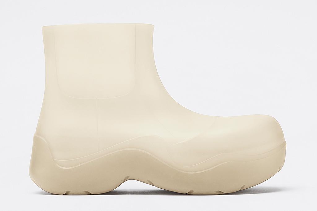 bottega veneta, boots, rain boots, puddle