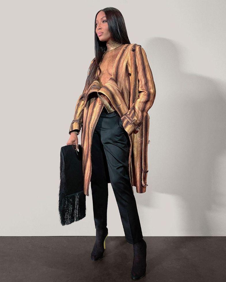 naomi campbell, leather coat, dress, heels, burberry, fall 21, model, mesh