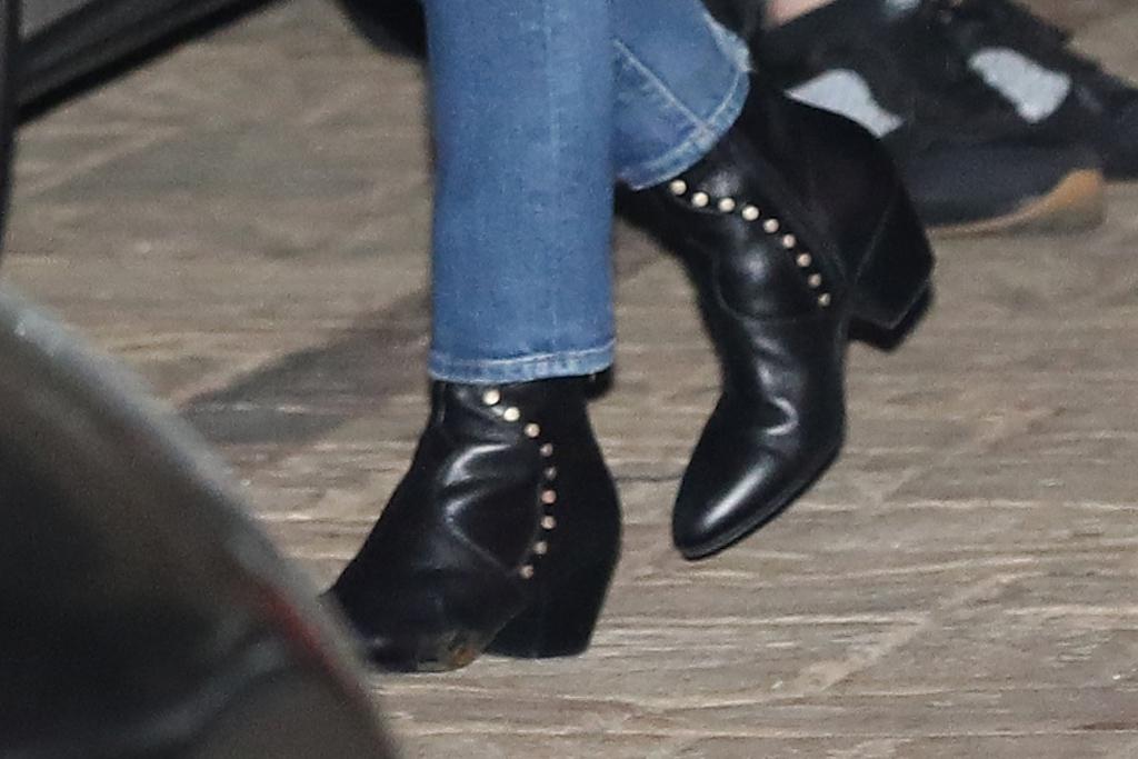 courteney cox, jeans, skinny jeans, boots, heels, jacket, shirt, boyfriend, date, johnny mcdaid, la