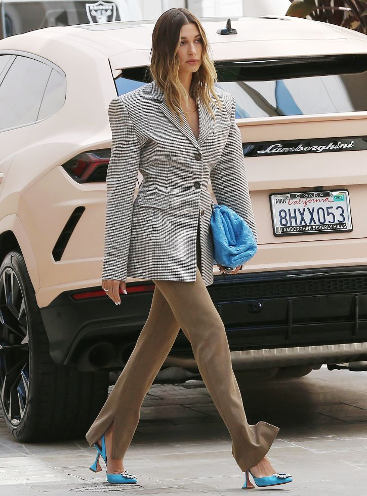 hailey baldwin, heels, blazer, jacket, purse, bottega veneta, amina muaddi, pants, los angeles