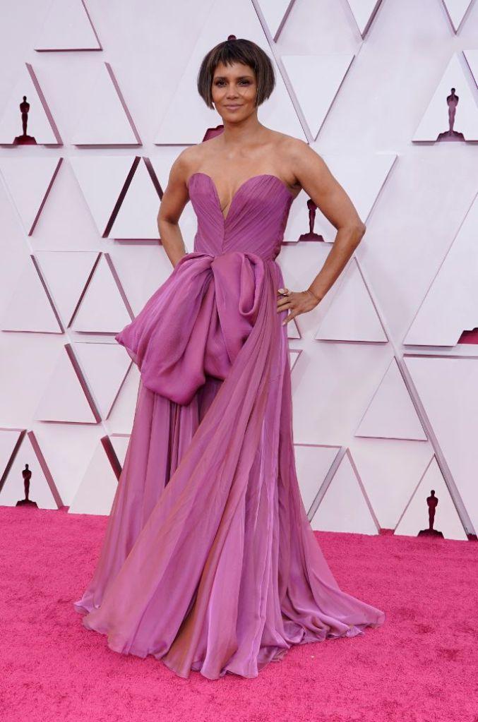 halle berry, gown, dress, oscars 2021, red carpet, purple, heels, louboutin, dolce & gabbana
