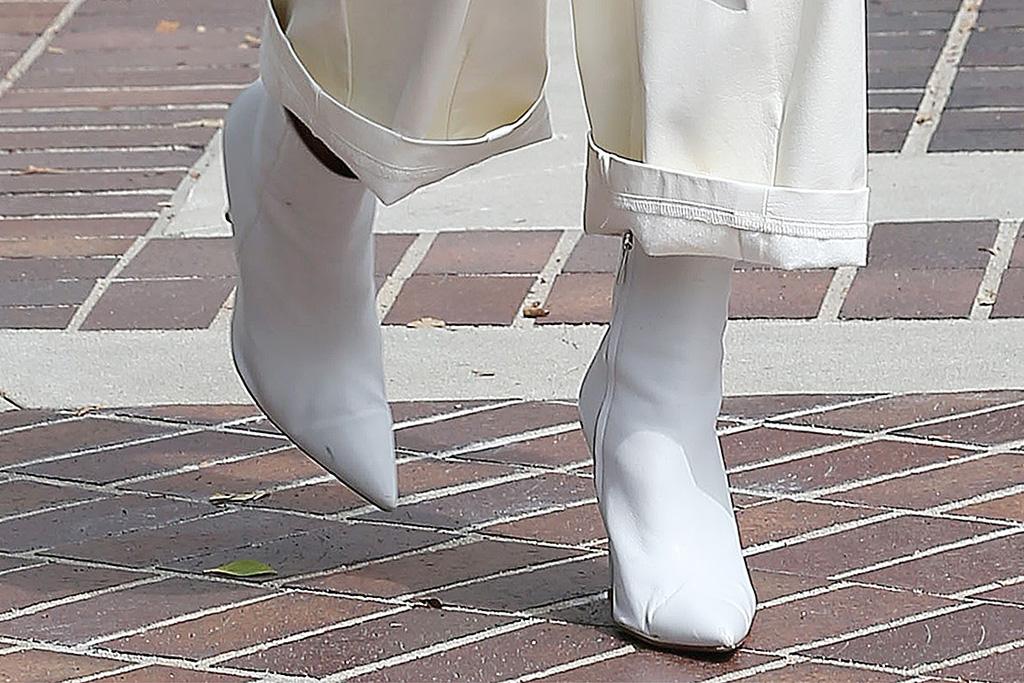 heidi klum, jumpsuit, cargo pants, white, boots, booties, americas got talent, agt, set, season, sunglasses, purse, la