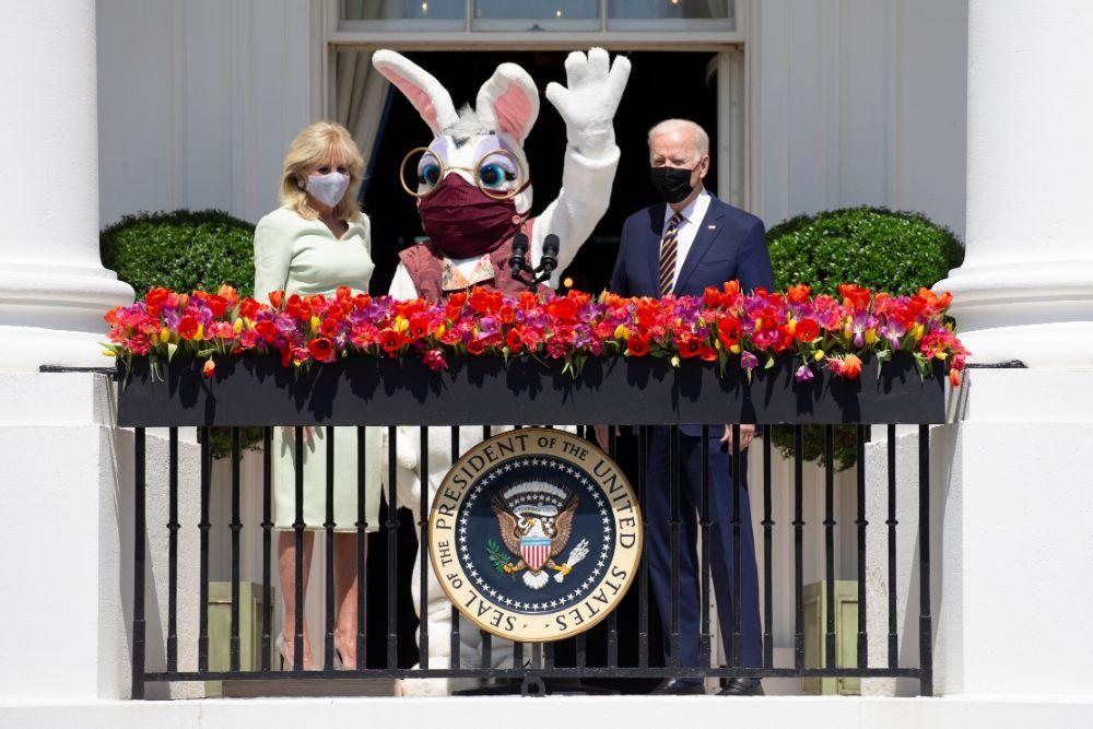 jill biden, green dress, easter, heels, white house, easter bunny, egg roll, joe biden, president, dc
