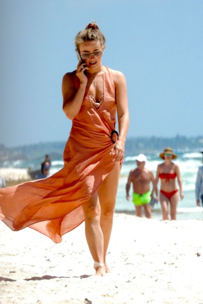 julianne hough, bikini, bathing suit, coverup, dress, sunglasses, beach, mexico