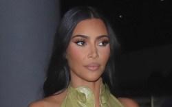 Kim Kardashian, bikini, foam runner, yeezy