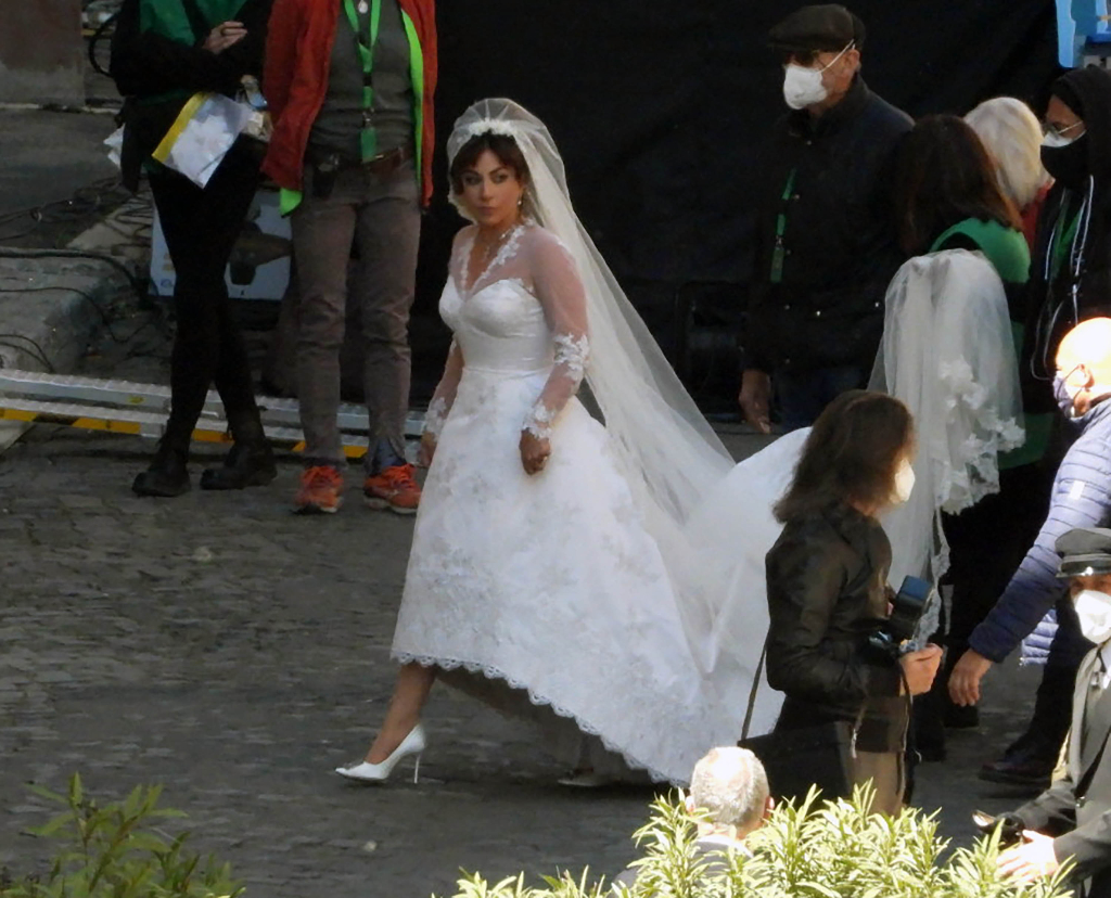 Lady Gaga, Bridal Gown, White Heels, House of Gucci