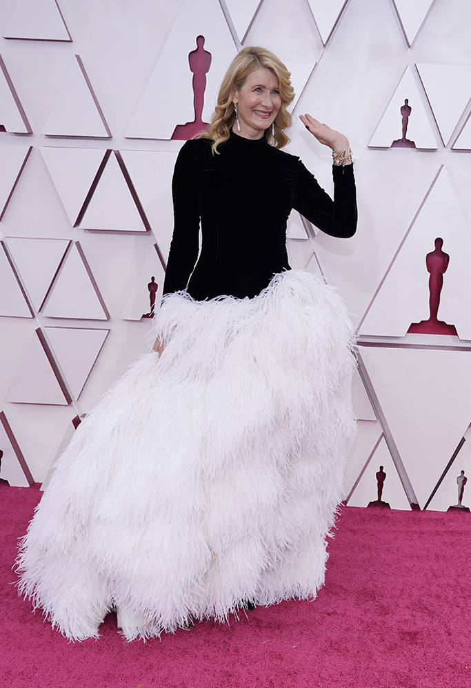 Laura Dern arrives at the Oscars on Sunday, April 25, 2021, at Union Station in Los Angeles. (AP Photo/Chris Pizzello, Pool)