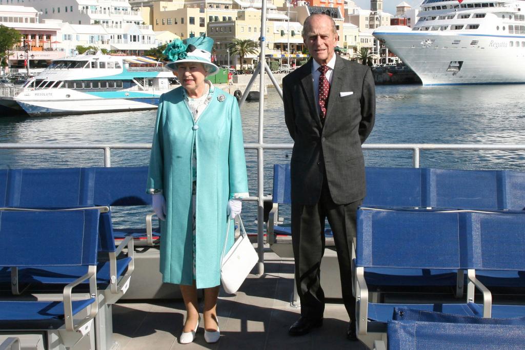 Queen Elizabeth, Blue Coat, White Heels, Bermuda