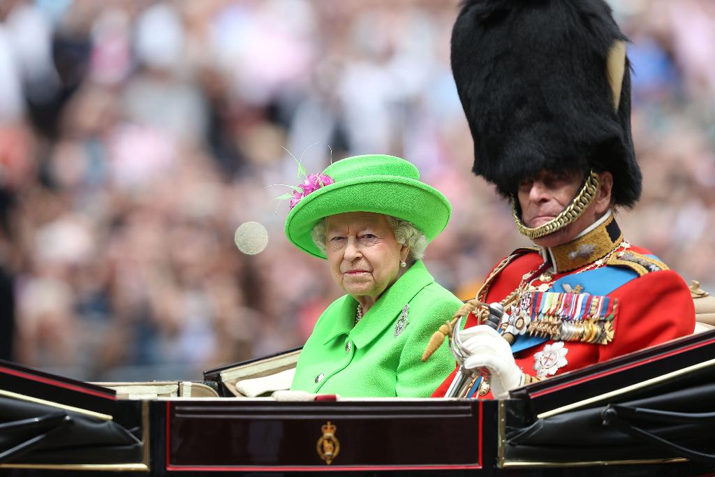 Queen Elizabeth, Green Coat, Prince Philip, 2016
